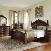 美式乡村风格别墅卧室装修效果图赏析