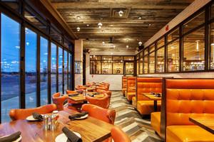 140平米美式风格精致西餐厅装修效果图赏析