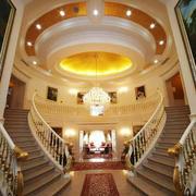 欧式风格豪华别墅楼梯设计装修效果图赏析