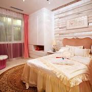 欧式风格浅色温馨卧室装修效果图赏析