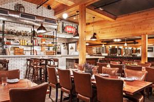 58平米美式风格快餐店设计装修效果图赏析