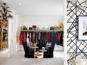 80平米现代风格服装店设计装修效果图