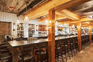 140平米美式乡村风格精致酒吧吧台设计装修效果图