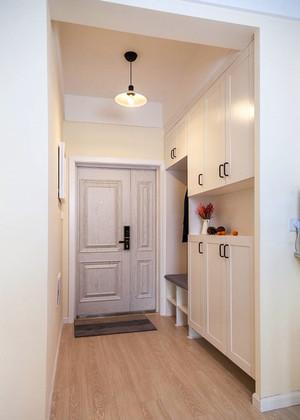 简约风格两居室室内白色玄关设计装修效果图