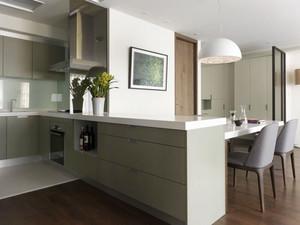 现代简约风格两居室餐厅吧台设计装修效果图
