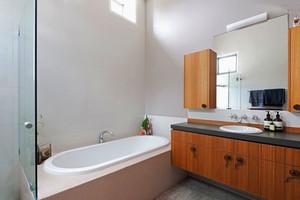 日式风格简约卫生间设计装修效果图赏析