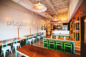 65平米混搭风格创意快餐店设计装修效果图赏析