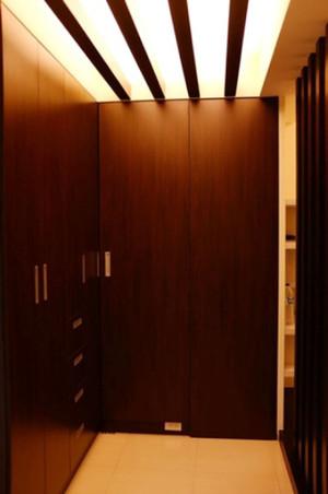 中式风格三居室玄关吊顶设计装修效果图欣赏