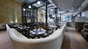 96平米后现代风格西餐厅设计装修效果图赏析