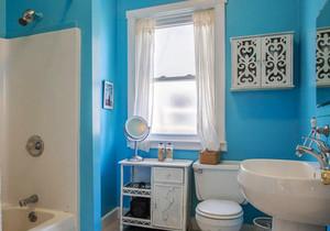 地中海风格浅蓝色卫生间装修效果图赏析