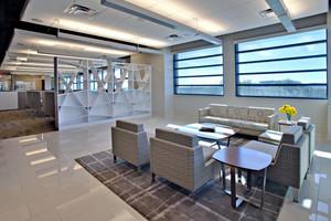 现代简约风格办公室隔断设计装修效果图