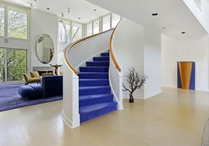 现代风格别墅旋转楼梯设计装修效果图