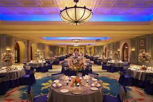 200平米欧式风格豪华酒店餐厅设计装修效果图