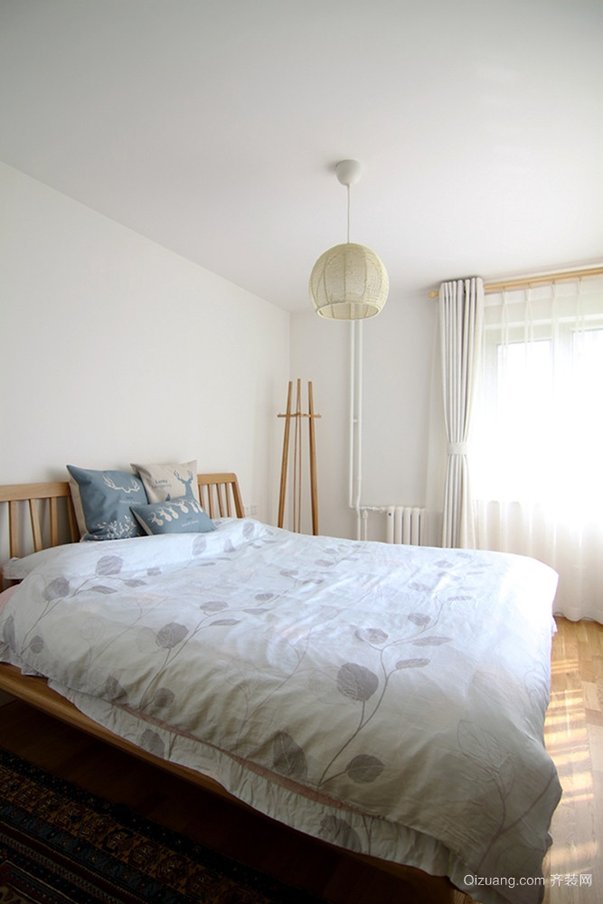 日式风格简约朴素两室两厅室内装修效果图