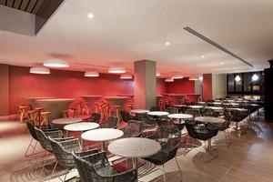 100平米现代简约风格餐厅设计装修效果图赏析