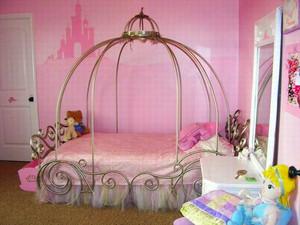 简欧风格梦幻公主房儿童房装修效果图欣赏