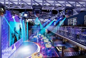300平米现代风格时尚音乐酒吧设计装修效果图