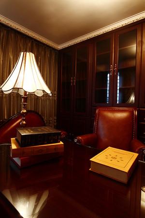 300平米复古法式风格精致别墅室内装修效果图案例