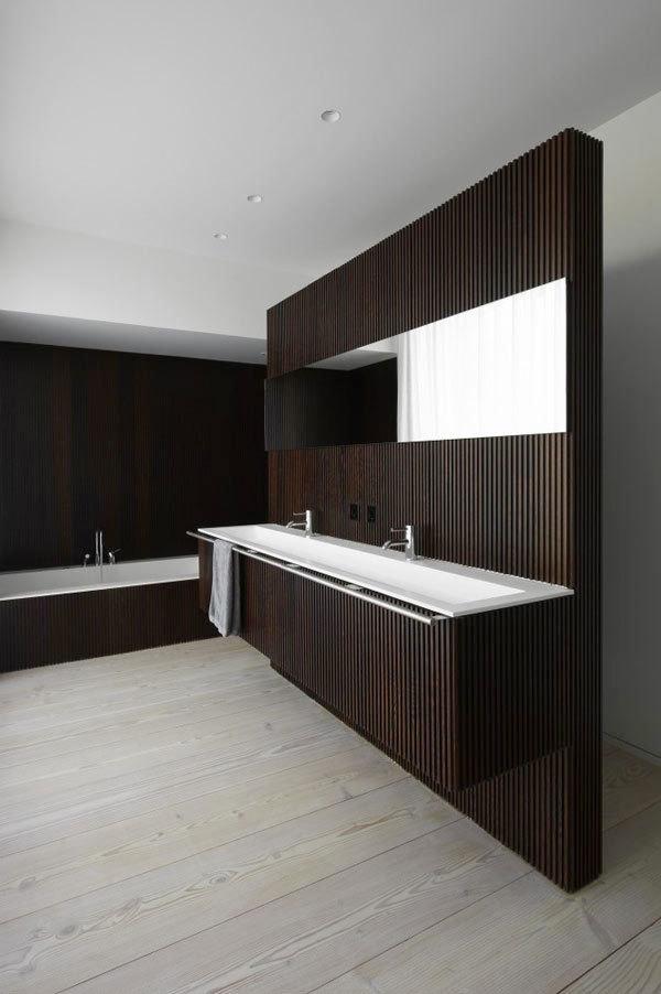 后现代风格深色系卫生间装修效果图赏析
