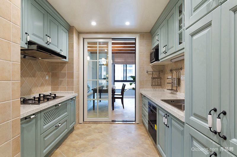 简欧风格精美厨房橱柜装修效果图