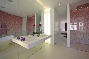 现代简约风格卫生间马赛克瓷砖装修效果图