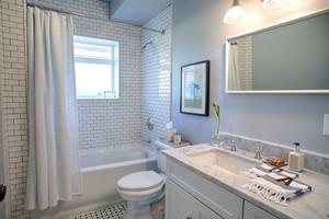 北欧风格简约白色卫生间装修效果图赏析
