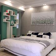 现代简约风格卧室隔断设计装修效果图赏析