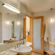 日式风格简约不规则卫生间装修效果图赏析