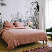 宜家风格温馨创意卧室背景墙装修效果图
