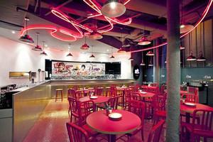 100平米现代风格精致餐厅设计装修效果图