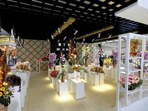 52平米简约风格白色花店设计装修效果图