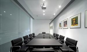 现代简约风格会议室装修效果图
