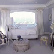 欧式风格精美温馨飘窗窗帘设计装修效果图