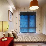 现代风格精致榻榻米卧室装修效果图赏析