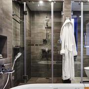 现代简约风格冷色调卫生间淋浴房装修效果图