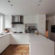 现代简约风格大户型包白色厨房吧台装修实景图