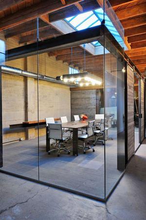 现代风格小型会议室装修效果图赏析