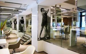 120平米现代风格美发店设计装修效果图