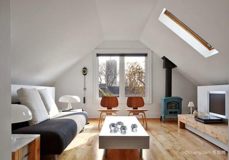 简约风格别墅斜顶阁楼客厅装修效果图欣赏