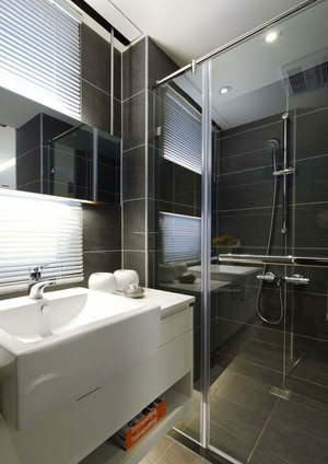后现代风格冷色调卫生间淋浴房装修效果图赏析