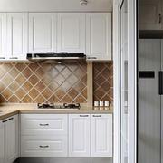 简约风格精致白色厨房橱柜设计装修效果图