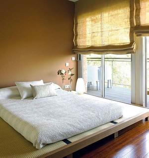 现代风格小户型榻榻米卧室装修效果图
