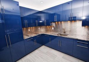 现代风格大户型精致蓝色厨房装修效果图赏析