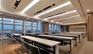 现代风格精致大型会议室装修效果图赏析