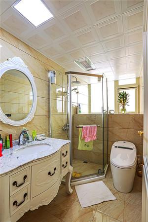 133平米法式风格精致三室两厅室内装修效果图