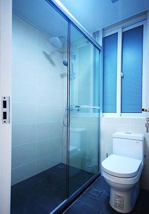 现代简约风格卫生间淋浴房装修效果图欣赏