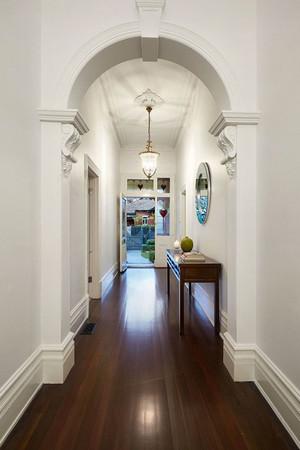 欧式风格别墅精致玄关设计装修效果图赏析