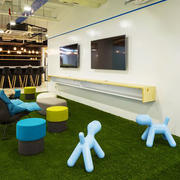 现代简约风格办公室休息室装修效果图