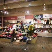 现代风格小型花店装修效果图