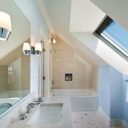现代风格简约别墅阁楼卫生间装修效果图